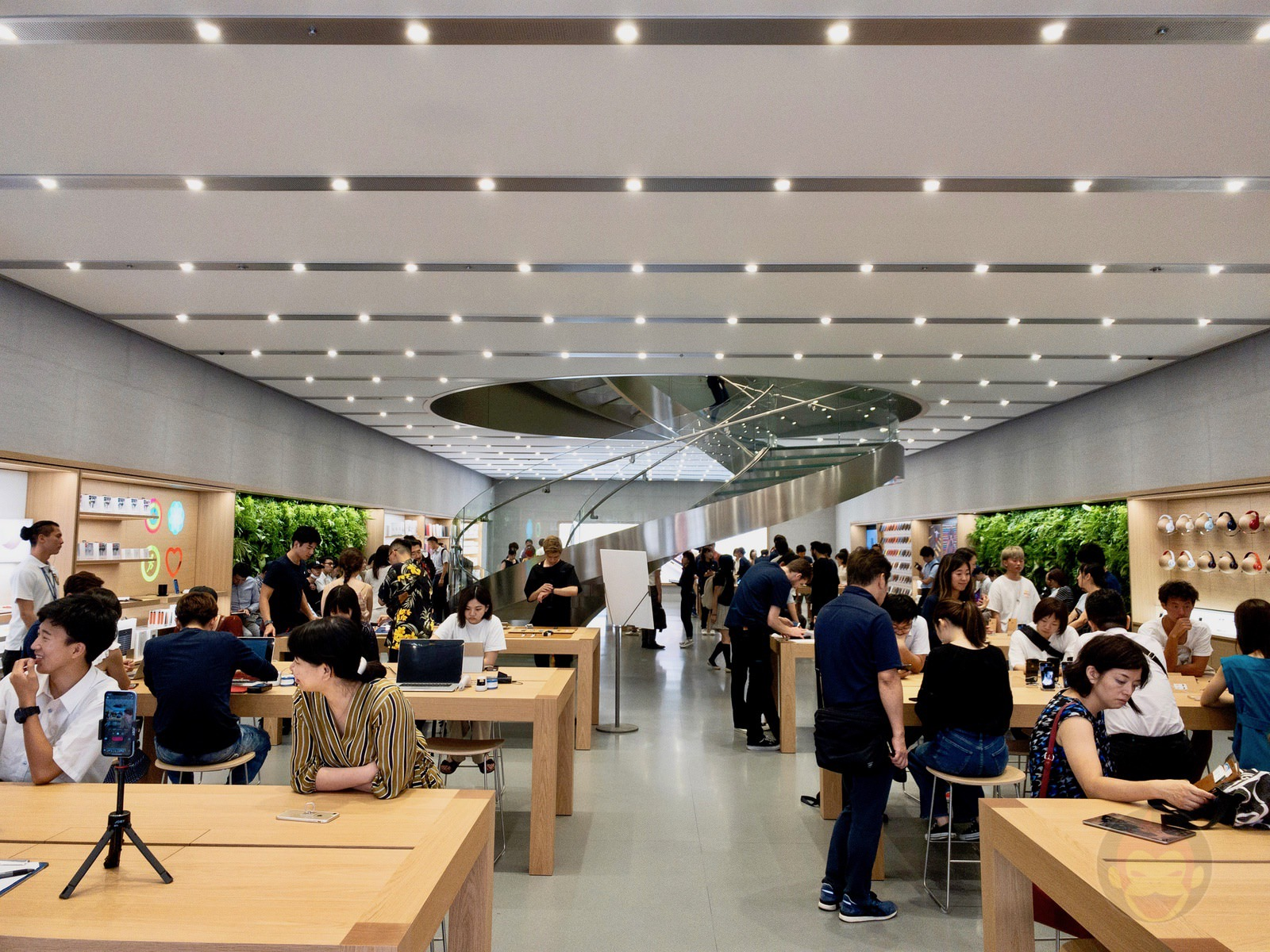 Apple Store Omotesando Basement floor renewal 34