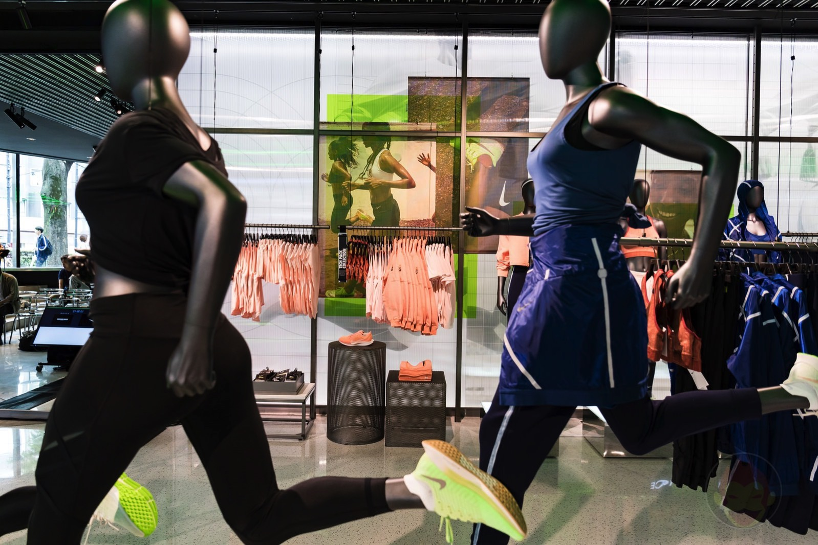 Nike-Harajuku-Renewal-02.jpg