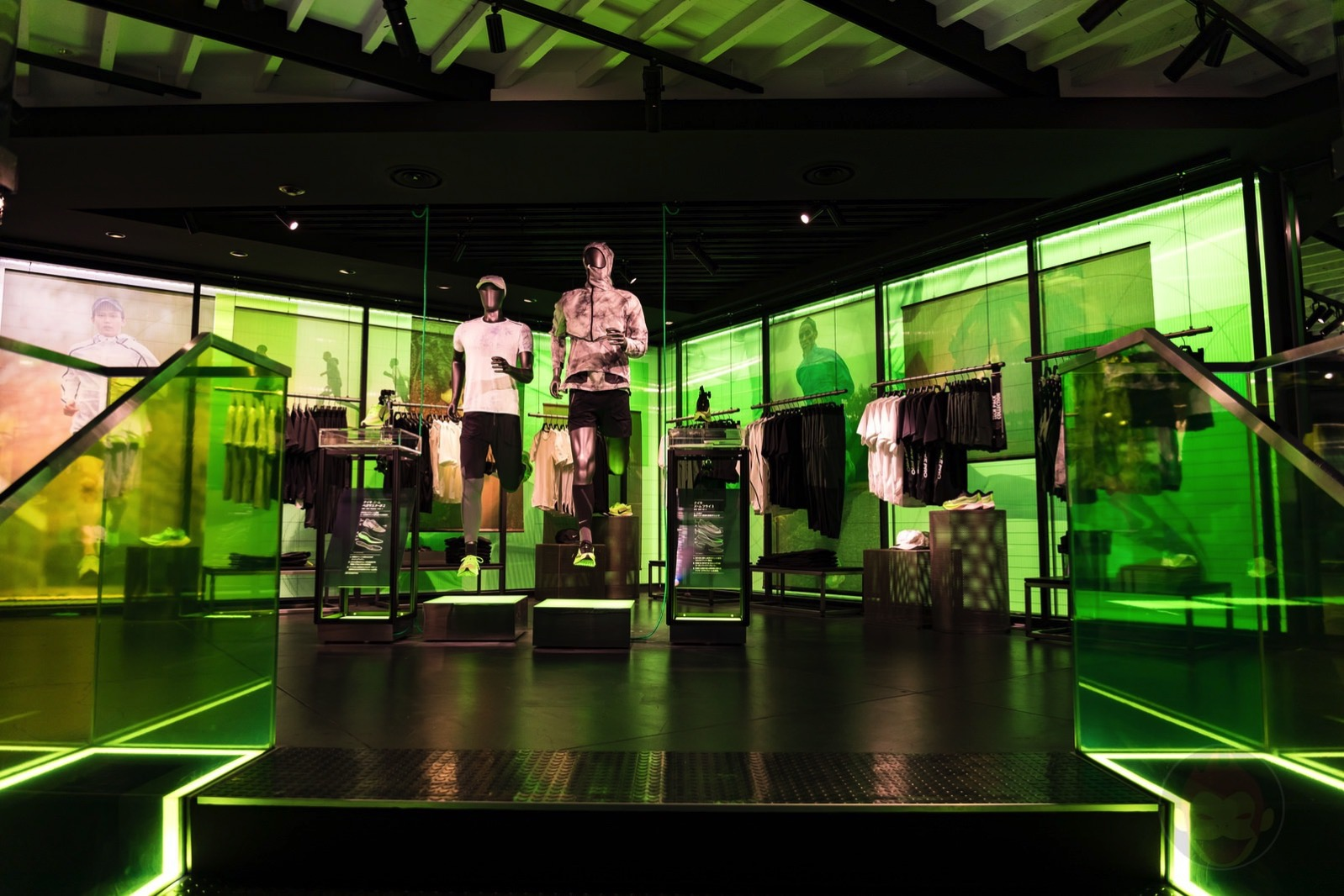 Nike-Harajuku-Renewal-09.jpg