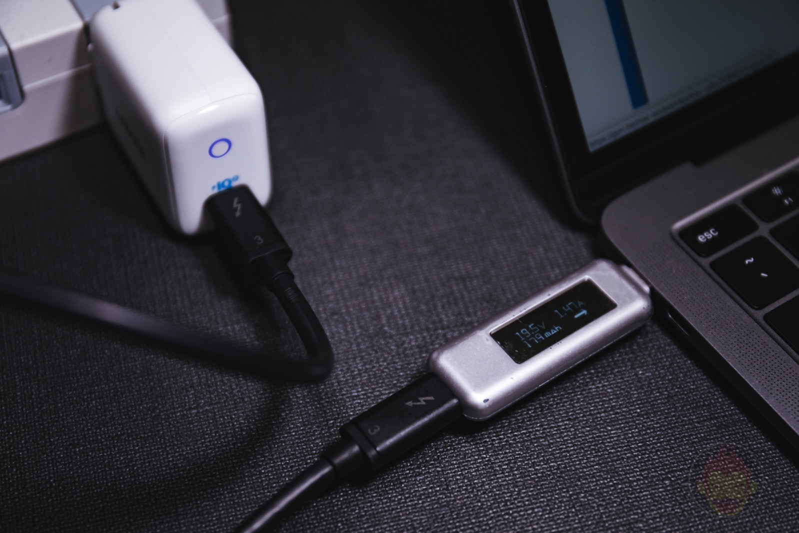 Anker PowerPort III Mini Review 15