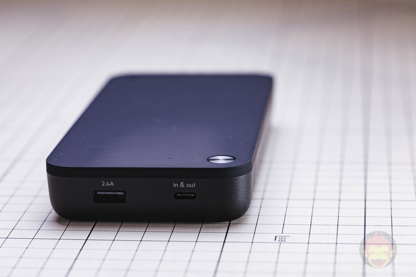 Belkin-Boost-Charge-Mobile-Battery-20100mAh-Review-05.jpg