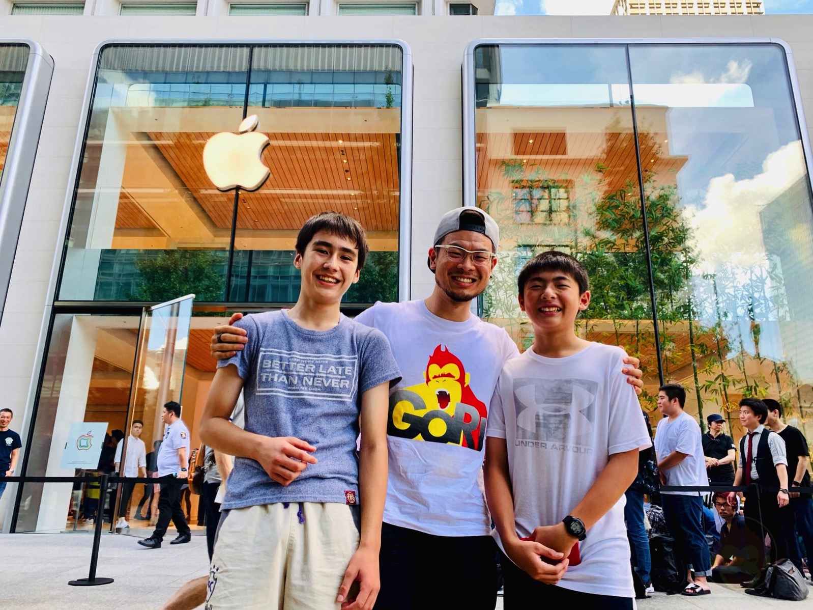 Apple-Marunouchi-Grand-Open-Day-07.jpg