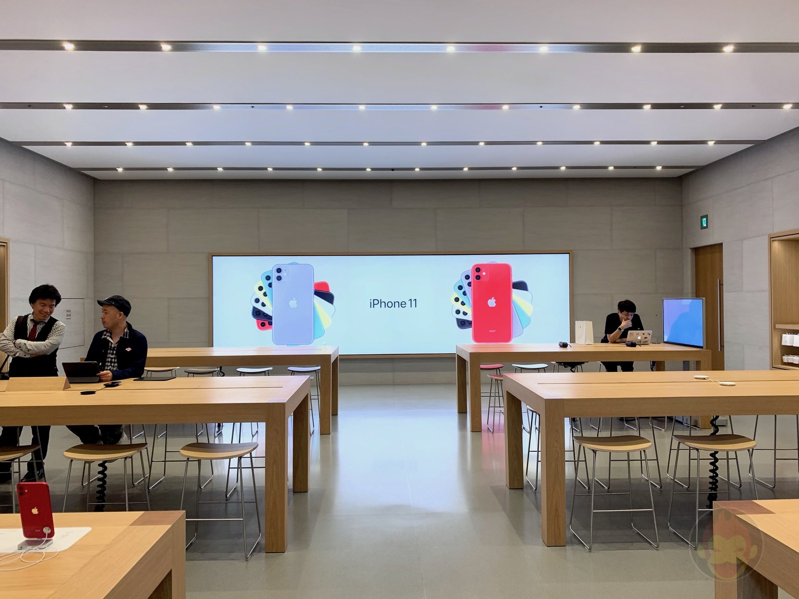 Apple Omotesando Video Wall Renewall 23