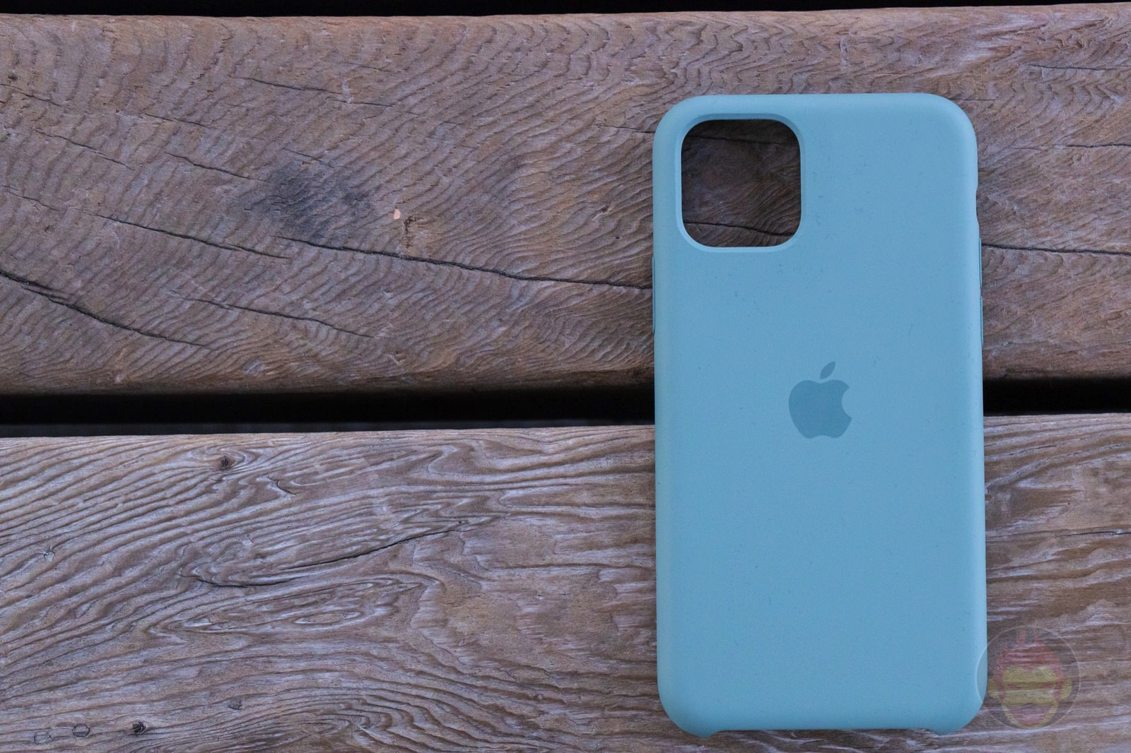 Apple Silicone Case for iPhone11Pro Review 01