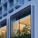 Apple-largest-store-in-Japan-opens-saturday-in-Tokyo-two-story-windows-090419.jpg