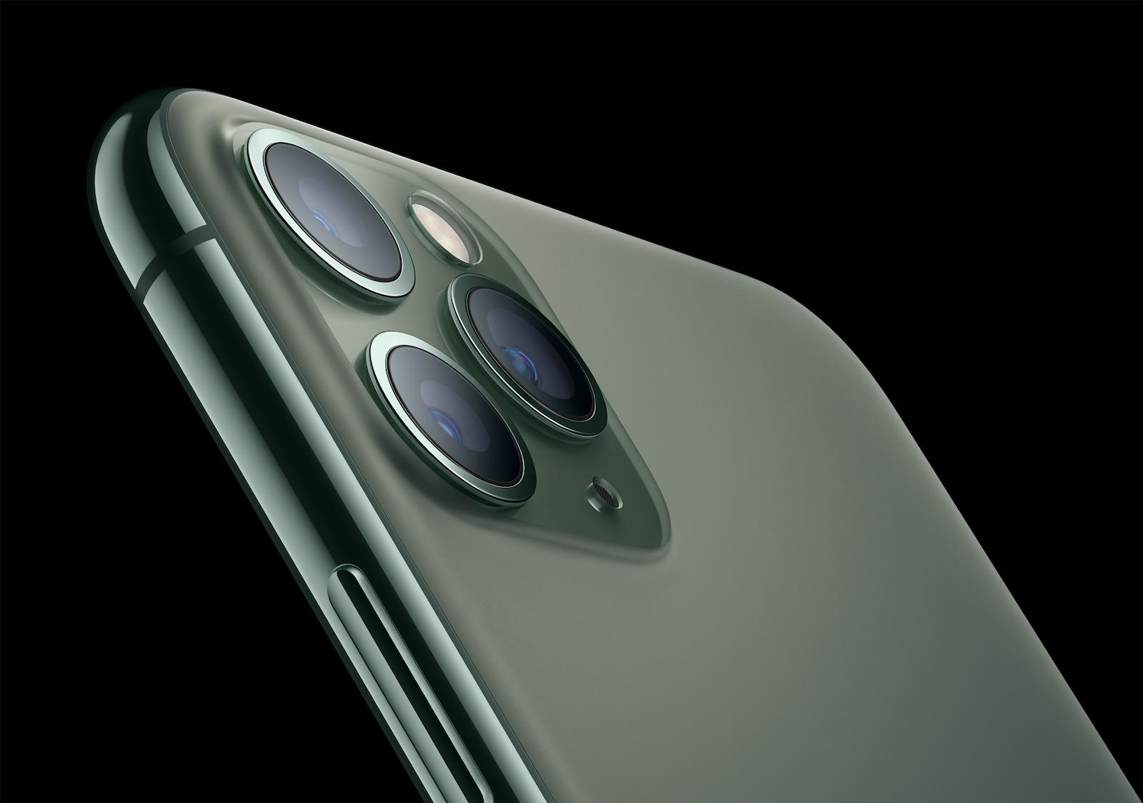 Apple_iPhone-11-Pro_Matte-Glass-Back_091019.jpg