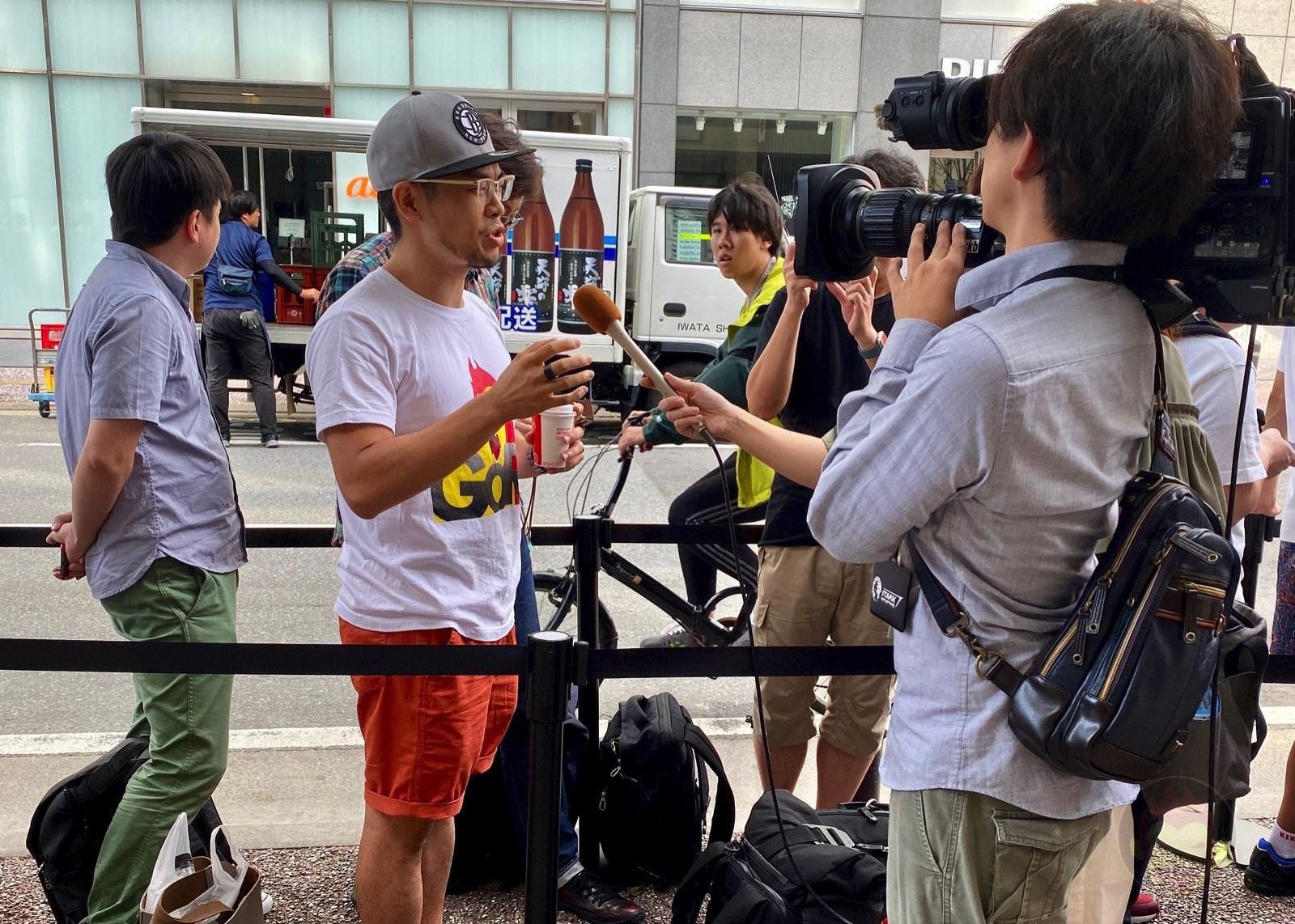 Gori Interviewed by media 01