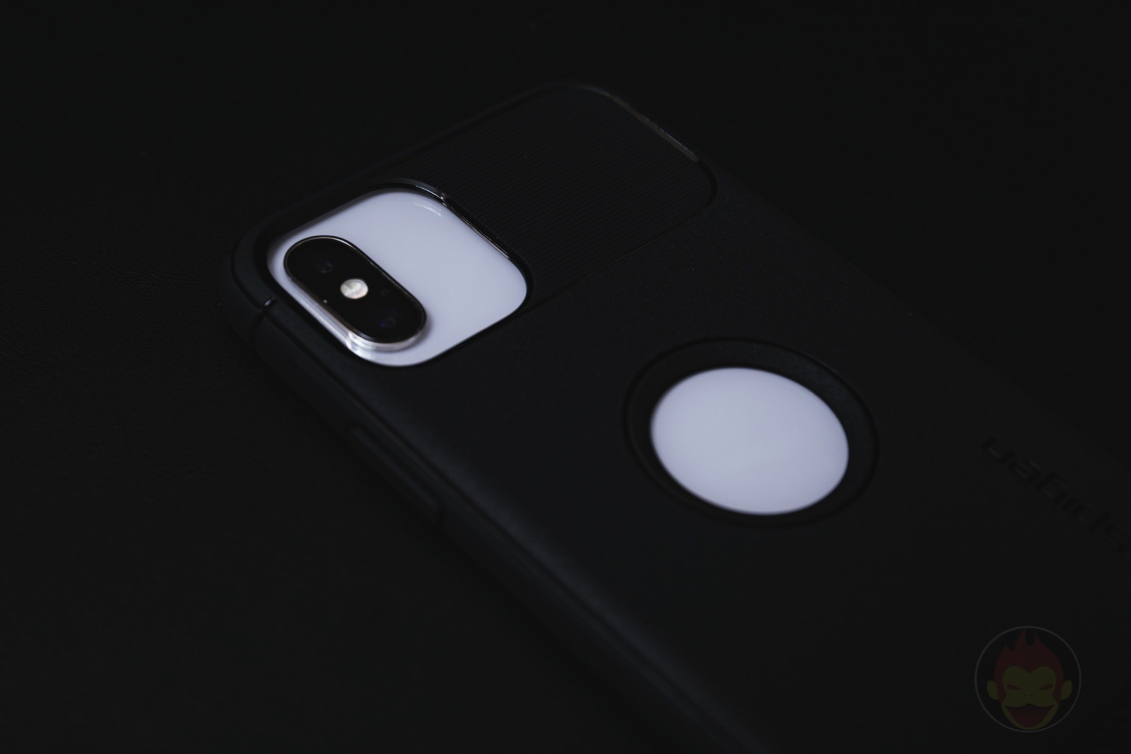 Spigen-iPhone-11-Pro-Case-Review-05.jpg