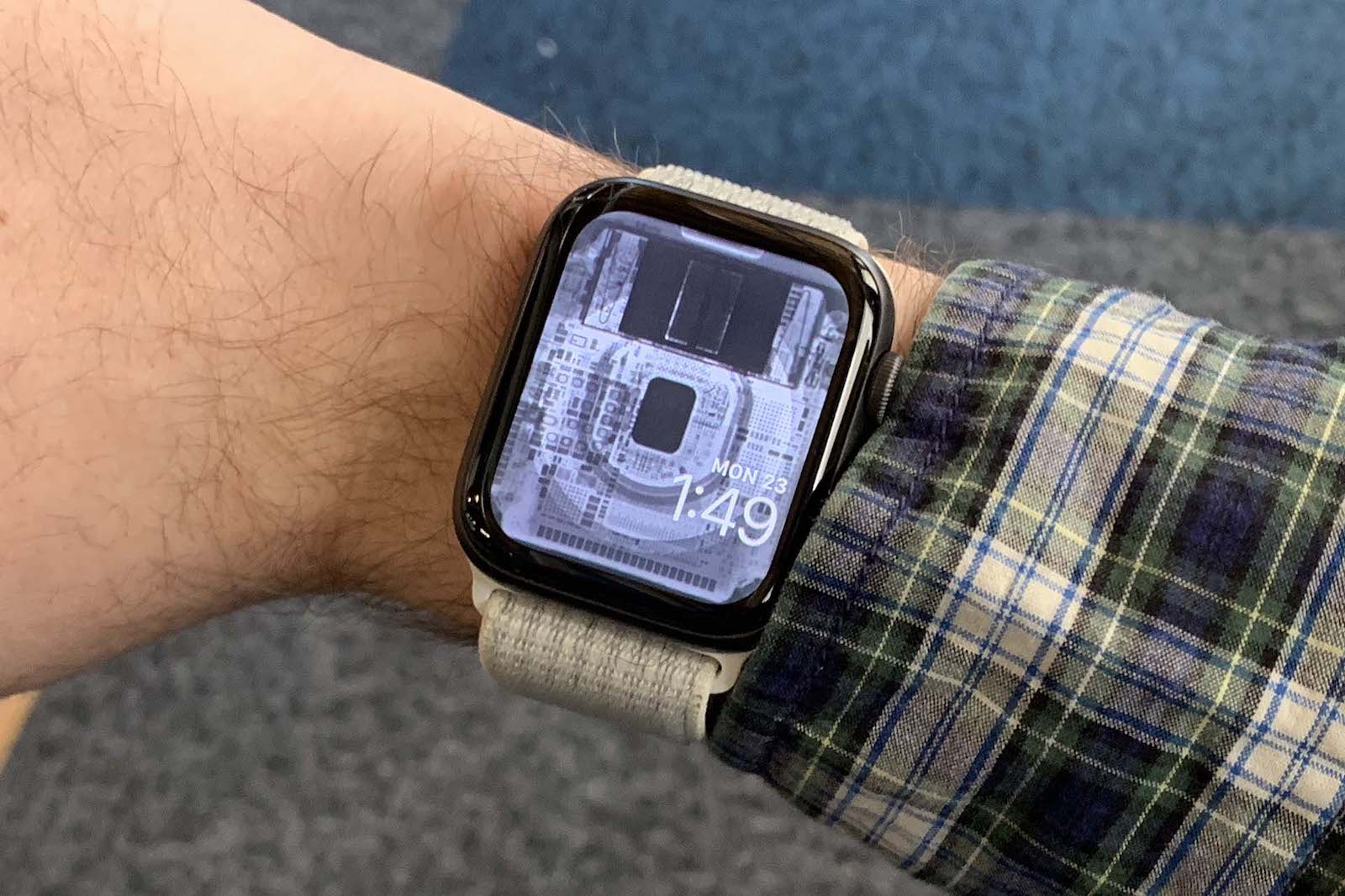 Ifixit Apple Watchの内部が透けて見える壁紙を公開 ゴリミー