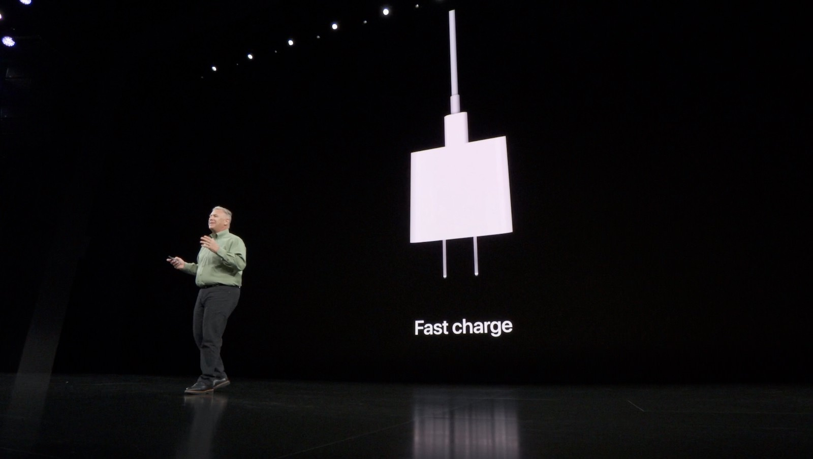 iphone-11-pro-charger.jpg