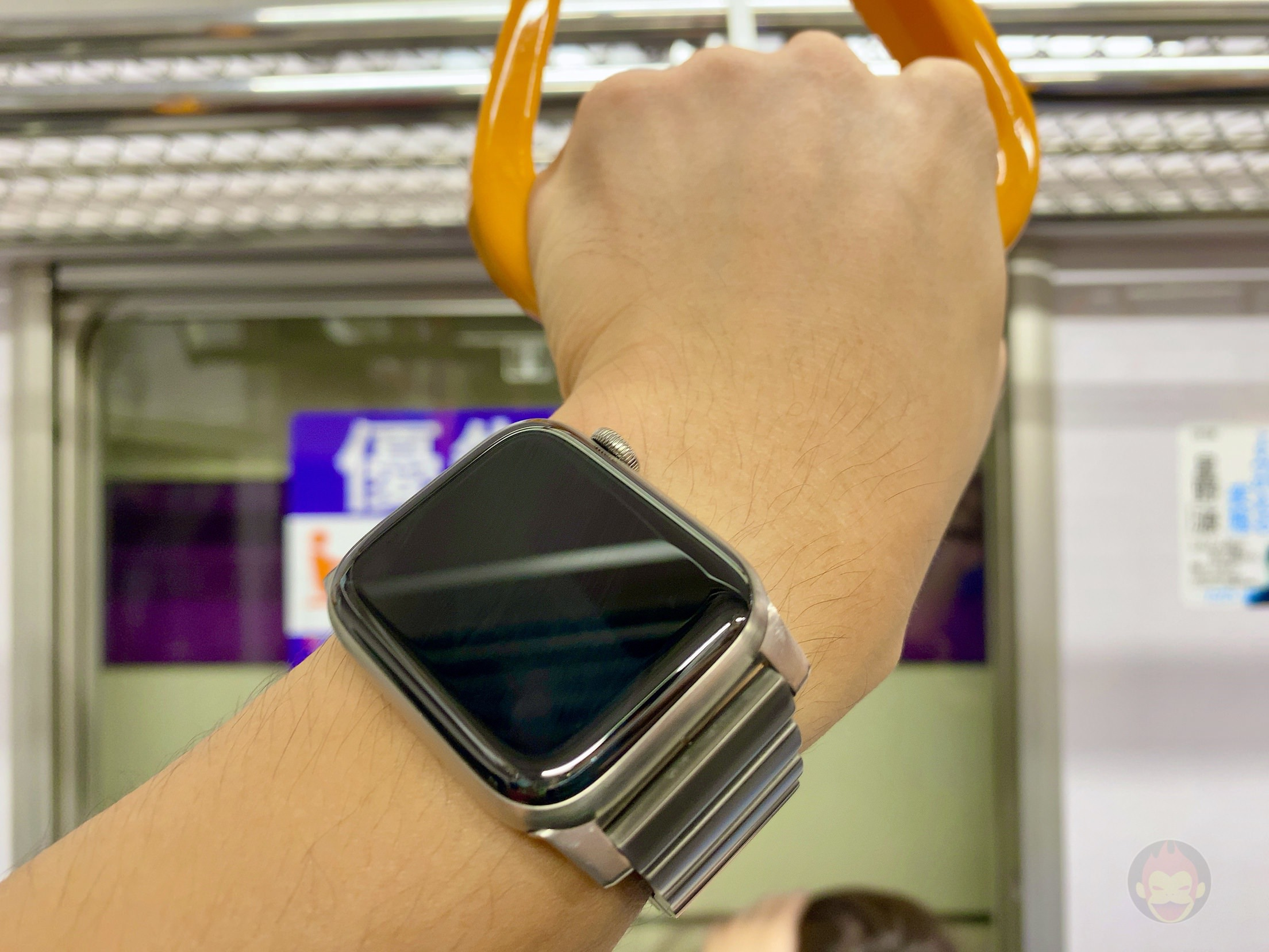 Apple-Watch-Series-5-Review-08.jpeg