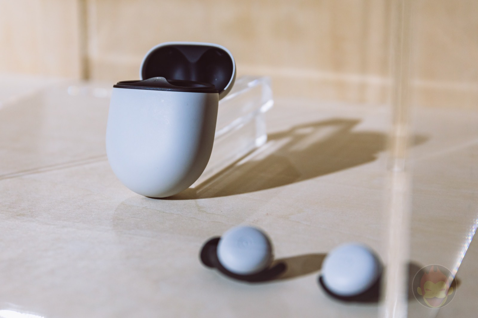 Google-PixelBuds-Photo-Review-01.jpg