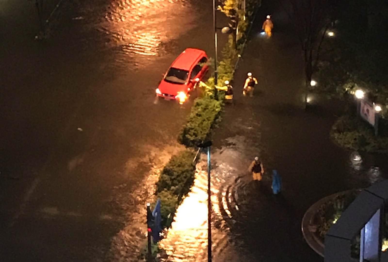 武蔵 小杉 冠水 内水氾濫に沈んだ武蔵小杉のタワマン、対策で浮上する新たな懸念:日...