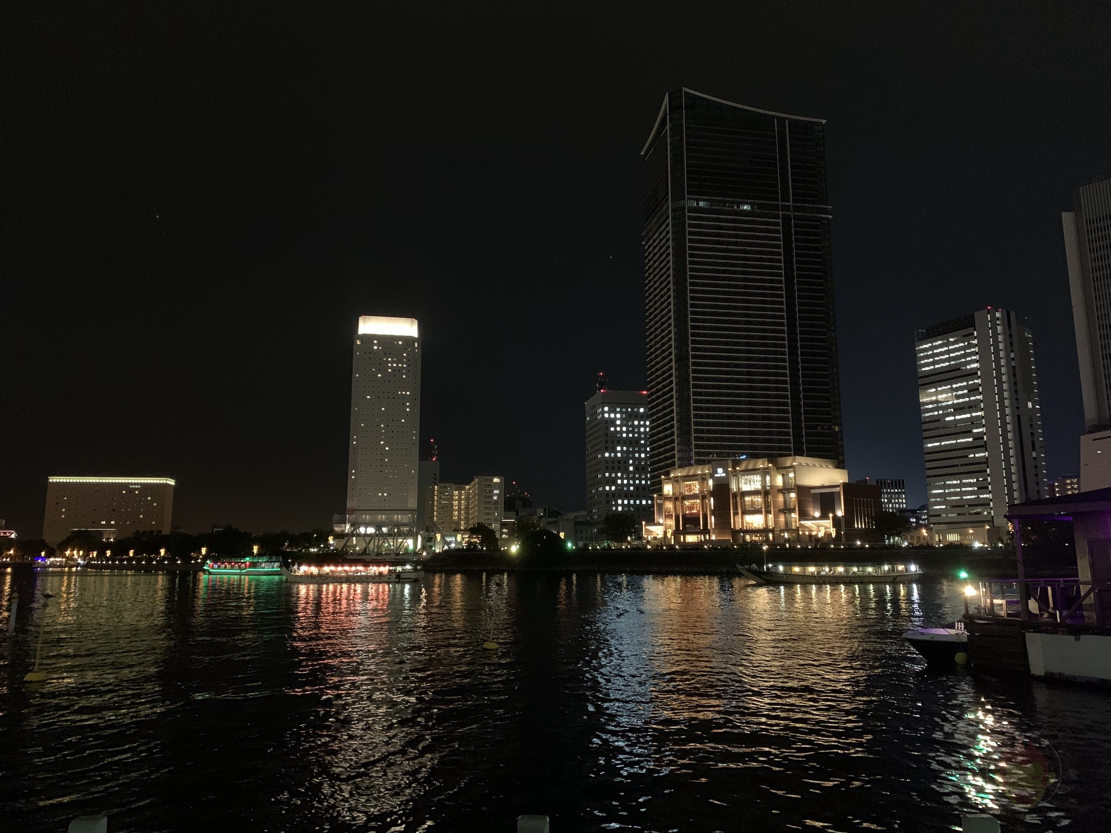 iPhone11Pro-Photo-Samples-Night-mode-05.jpg