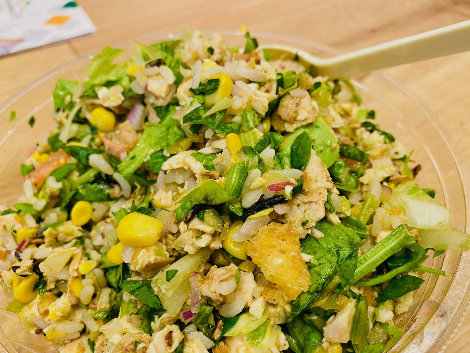 Crisp-Salad-Works-Grandberry-Park-Minamimachida-07.jpeg