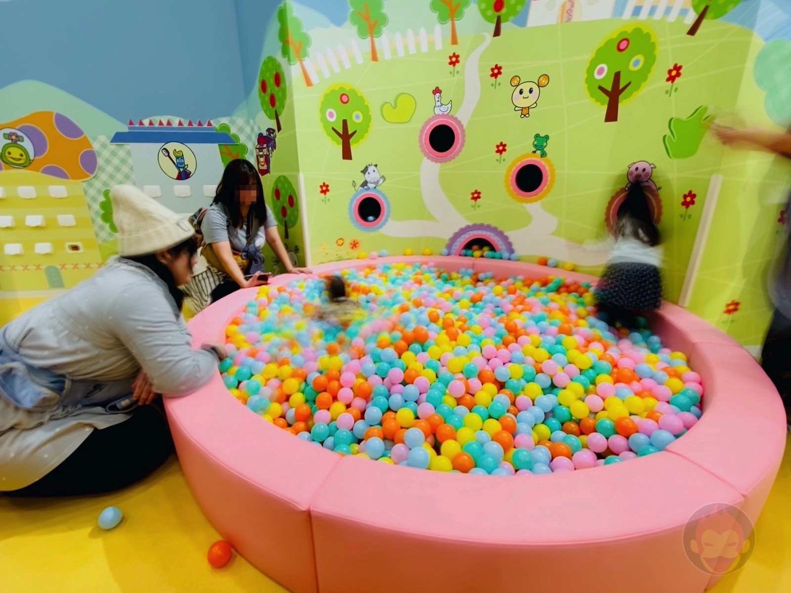 Kids Discovery Fun Village with NHK Characters 13