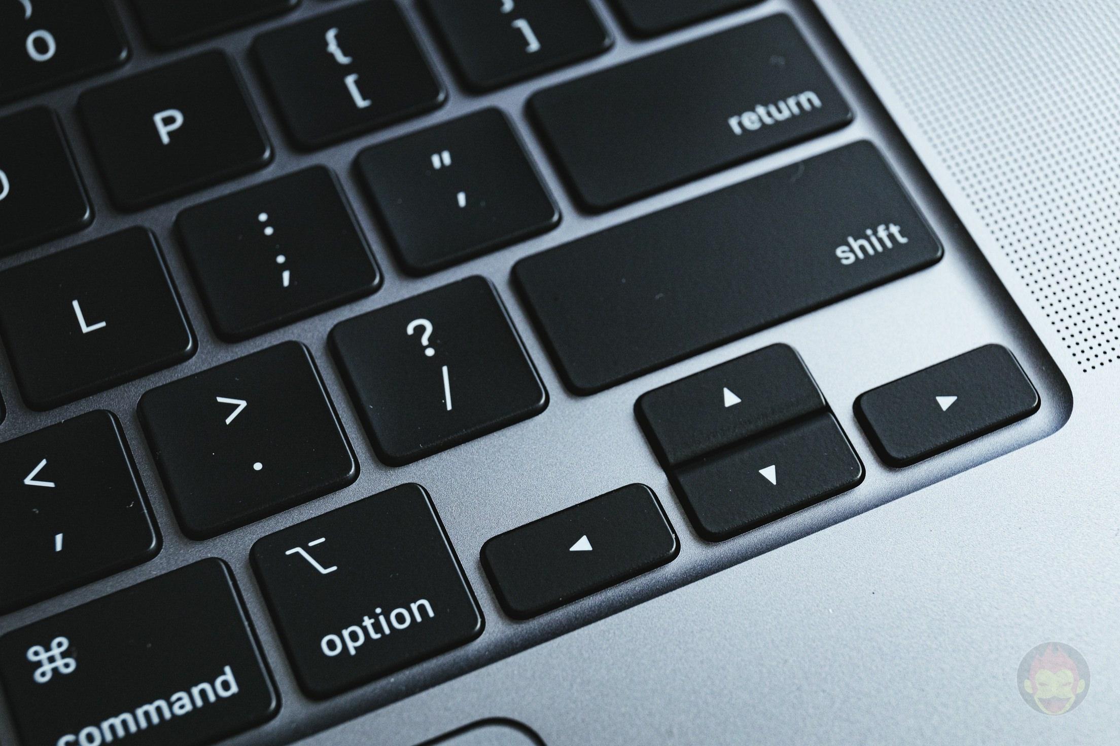 MacBook-Pro-2019-16inch-Review-BlueBackground-03.jpg