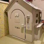 Cardboard-house-for-my-daughter-02.jpeg