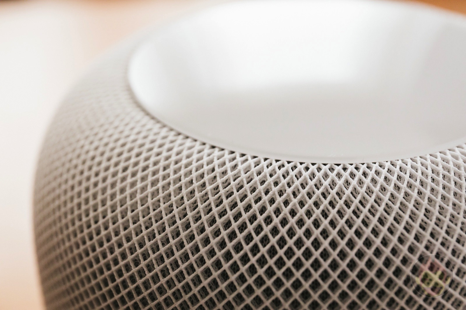 HomePod Review Apple Smart Speaker 01