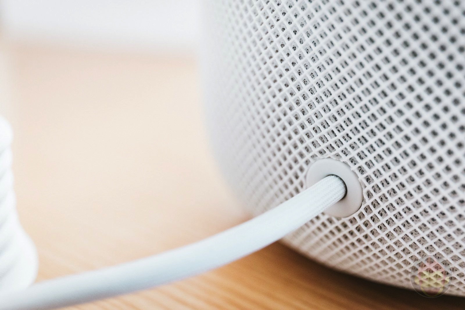 HomePod Review Apple Smart Speaker 03
