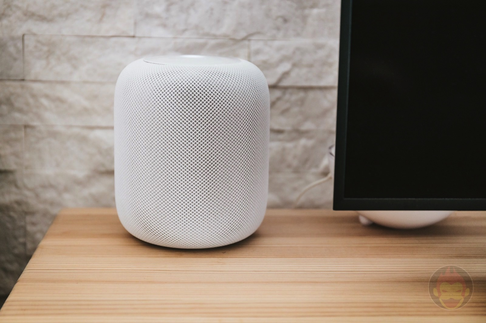 HomePod Review Apple Smart Speaker 04