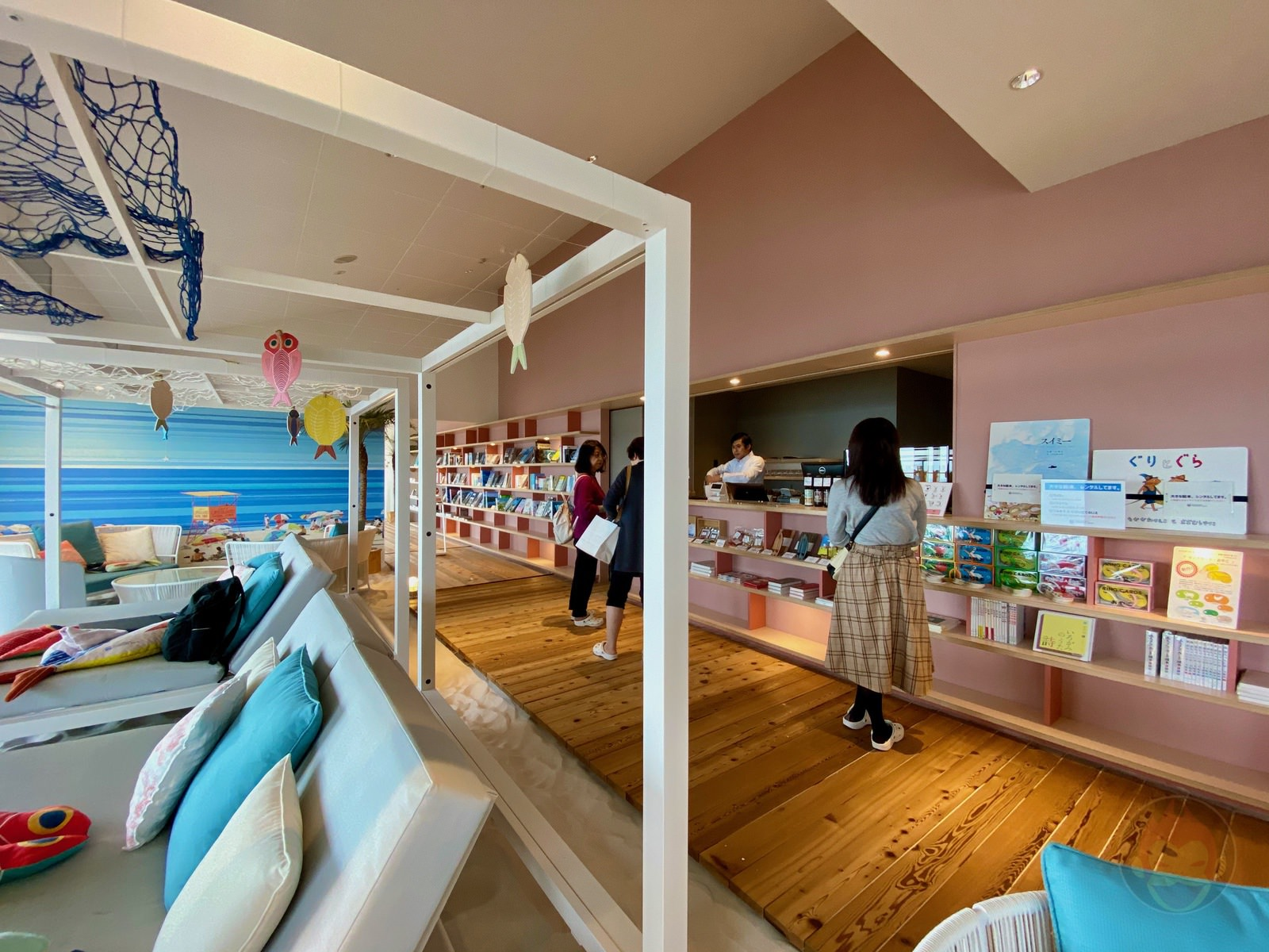 Hoshino Resonale Atami Sunaba Cafe 04