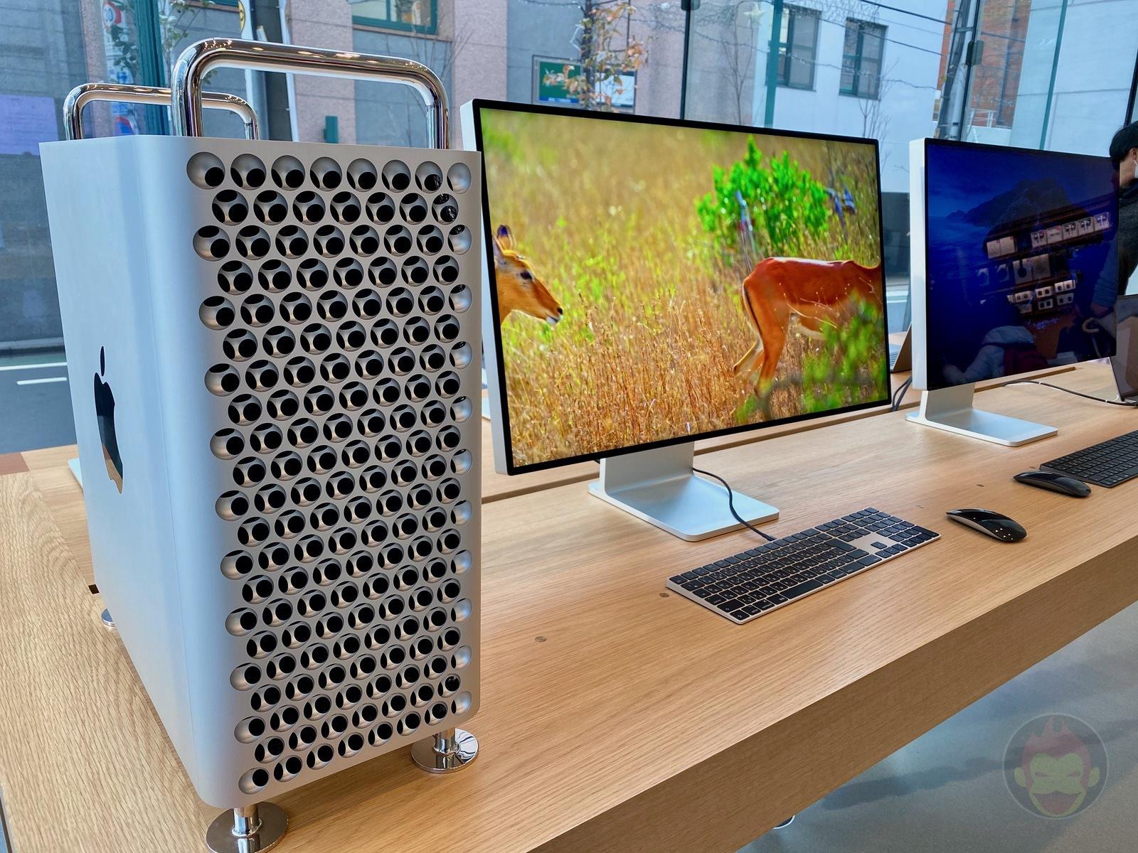Mac Pro Pro Display XDR Apple Omotesando 01