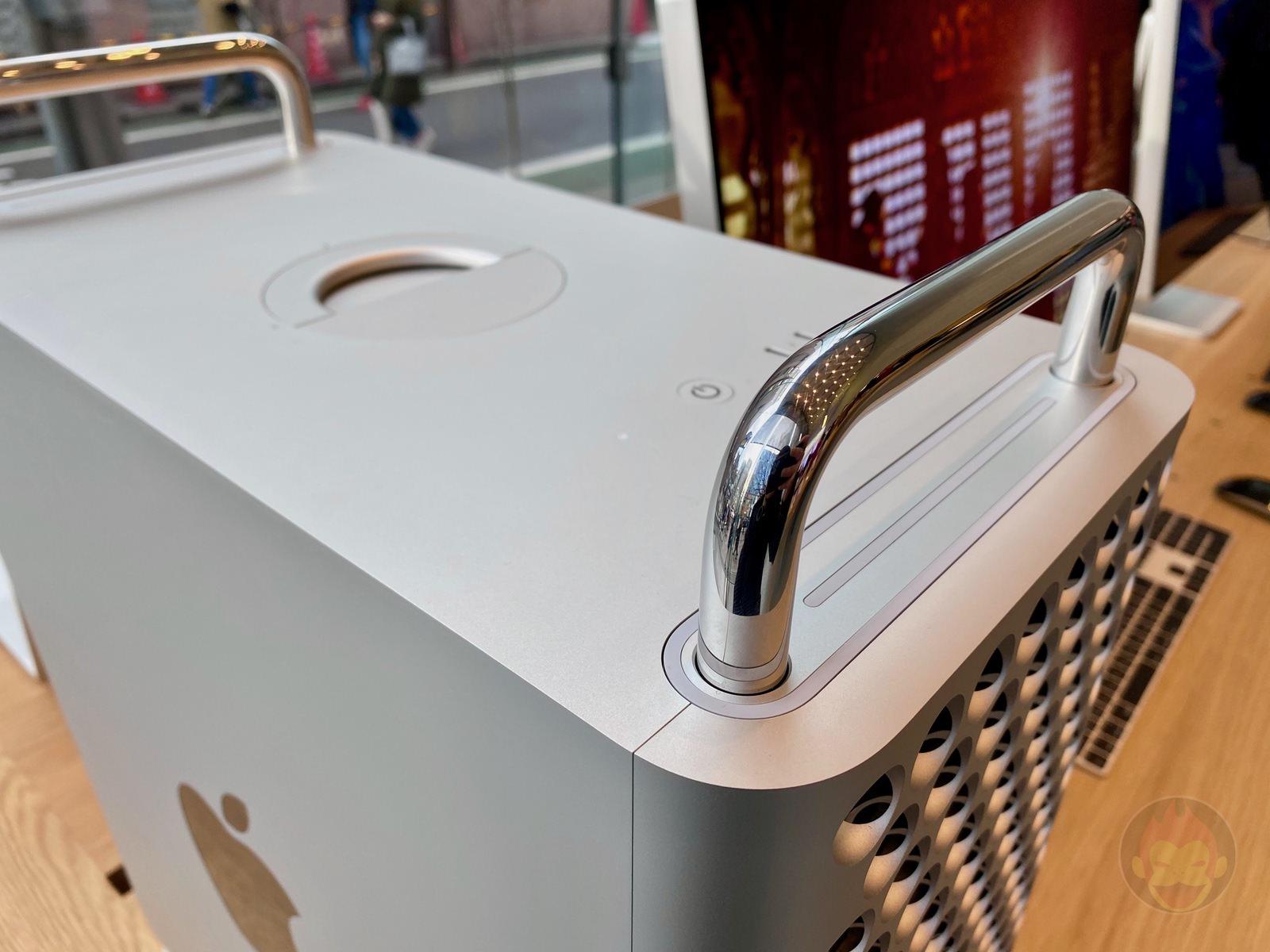 Mac Pro Pro Display XDR Apple Omotesando 07
