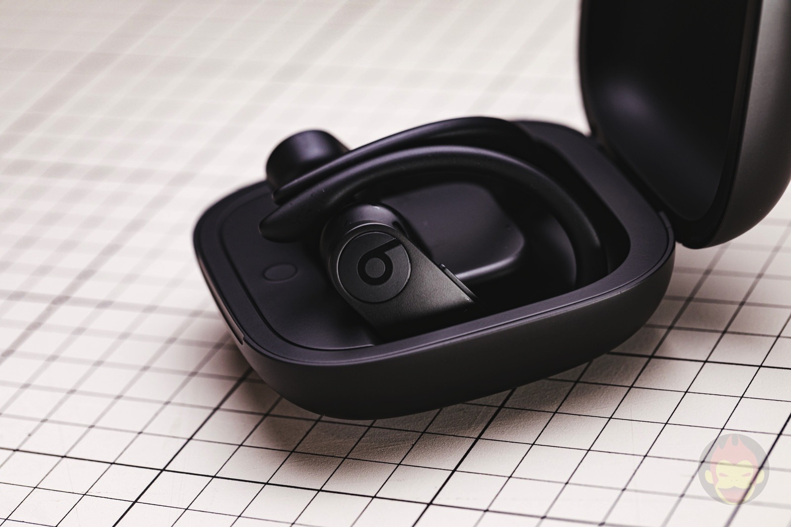 Powerbeats-Pro-Review-03.jpg