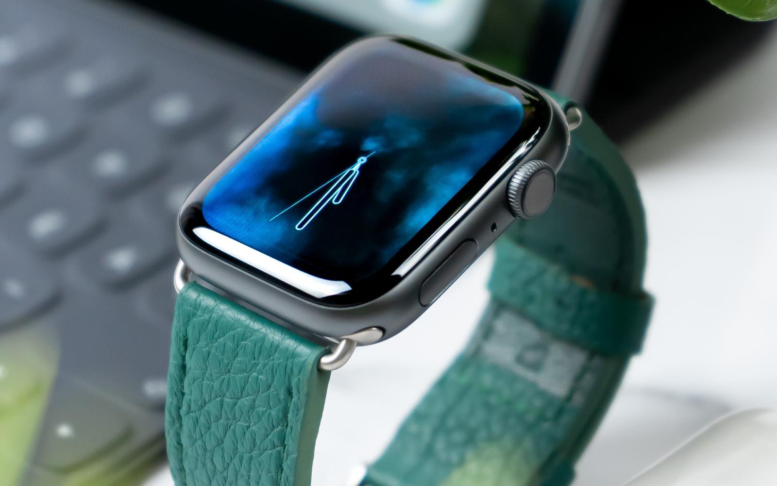 Daniel korpai oOlPR Fwd7A unsplash airpods ipad applewatch