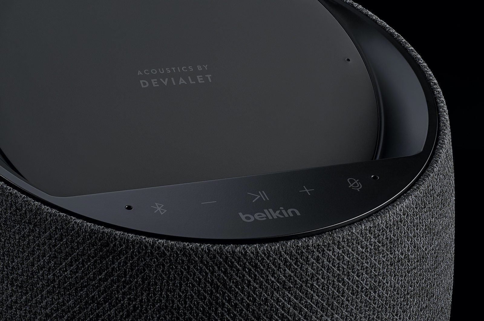 SOUNDFORM ELITE™ Hi-Fi Smart Speaker + Wireless Charger 1