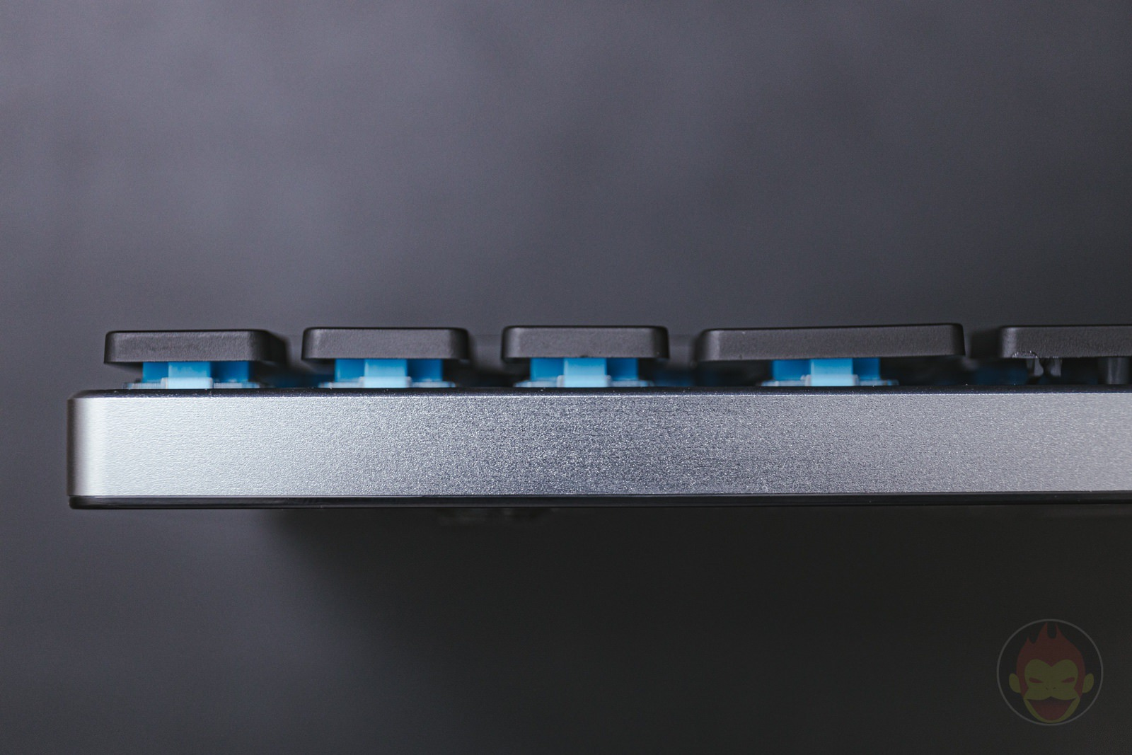 Vinpok-Taptek-Wireless-Keyboard-Review-2-10.jpg