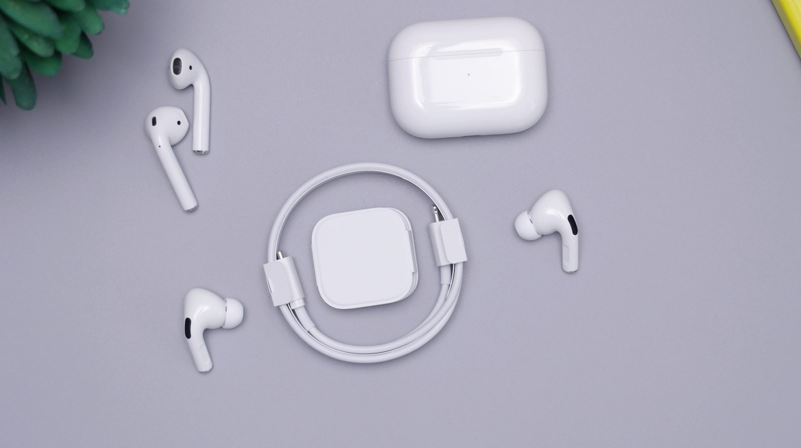 Daniel romero luhAYh8JpDc unsplash airpods pro with cable