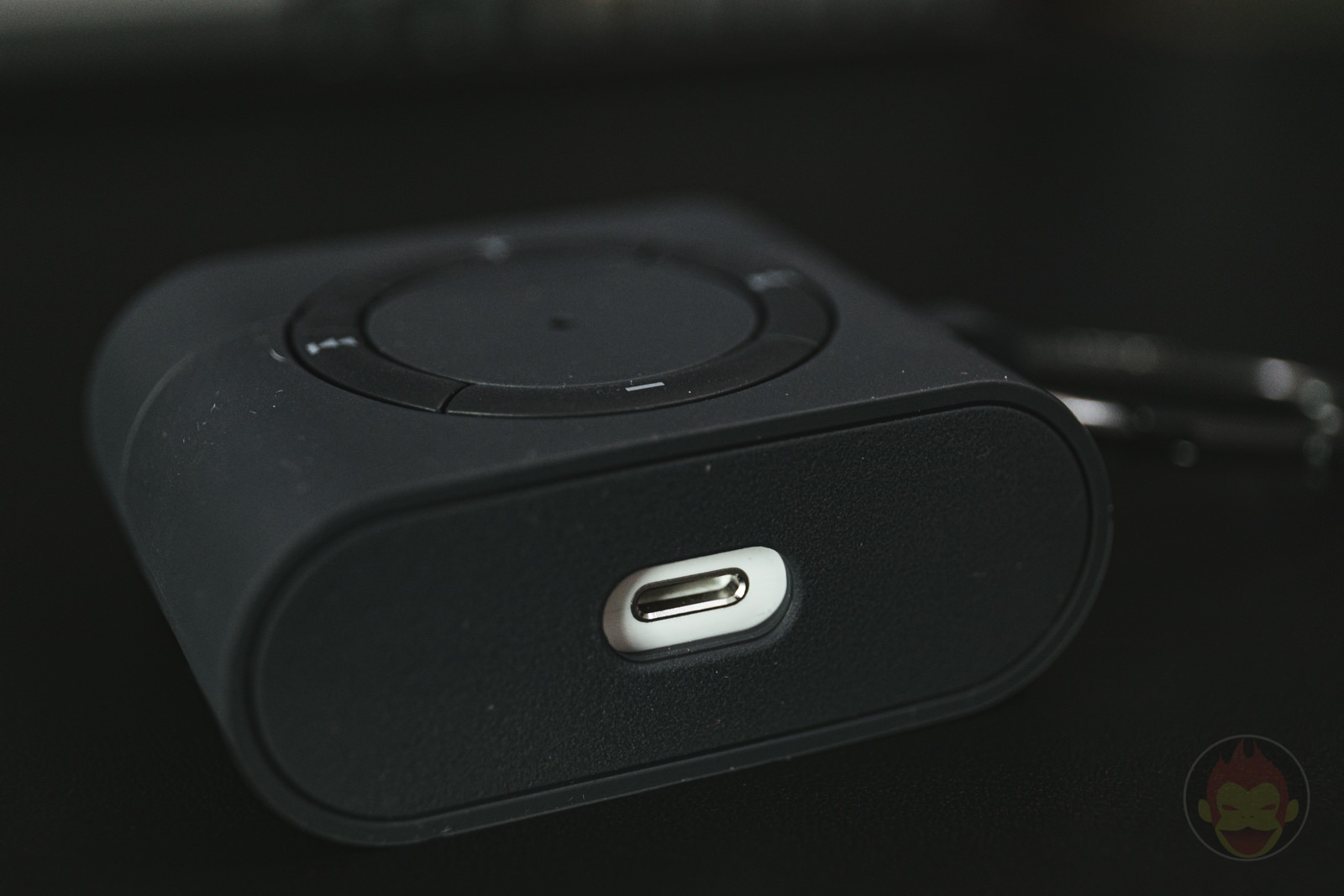 Classic Shuffle AirPods Pro Case Review 11