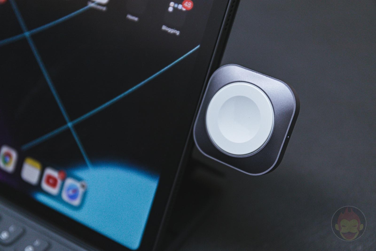 Satechi USB C Apple Watch Charging Dock 01