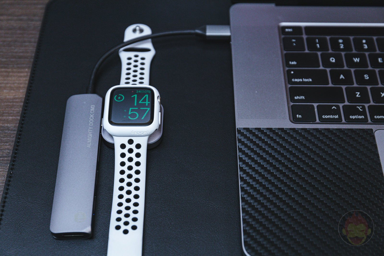 Satechi USB C Apple Watch Charging Dock 10
