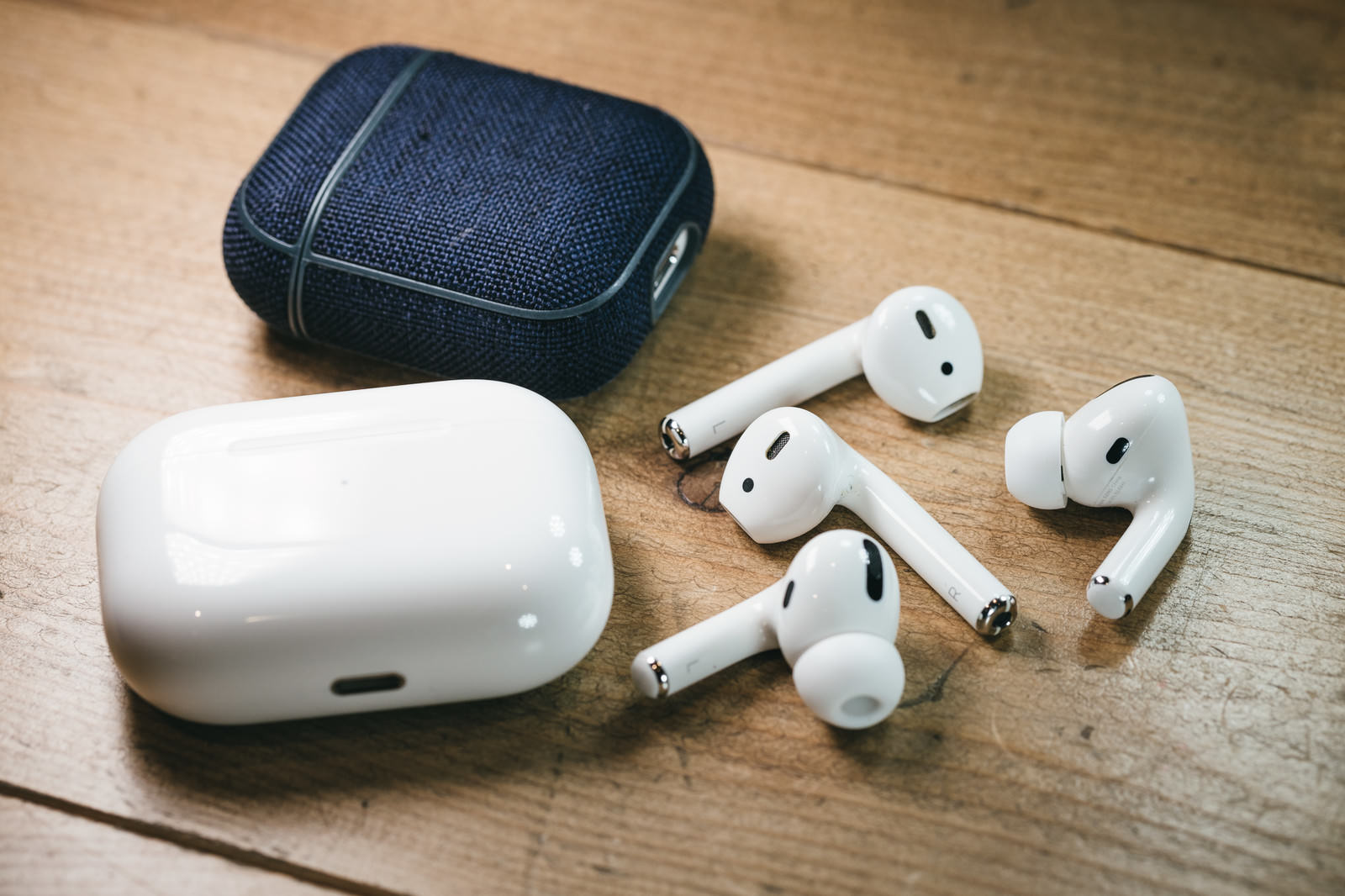 Airpods458A3004 TP V