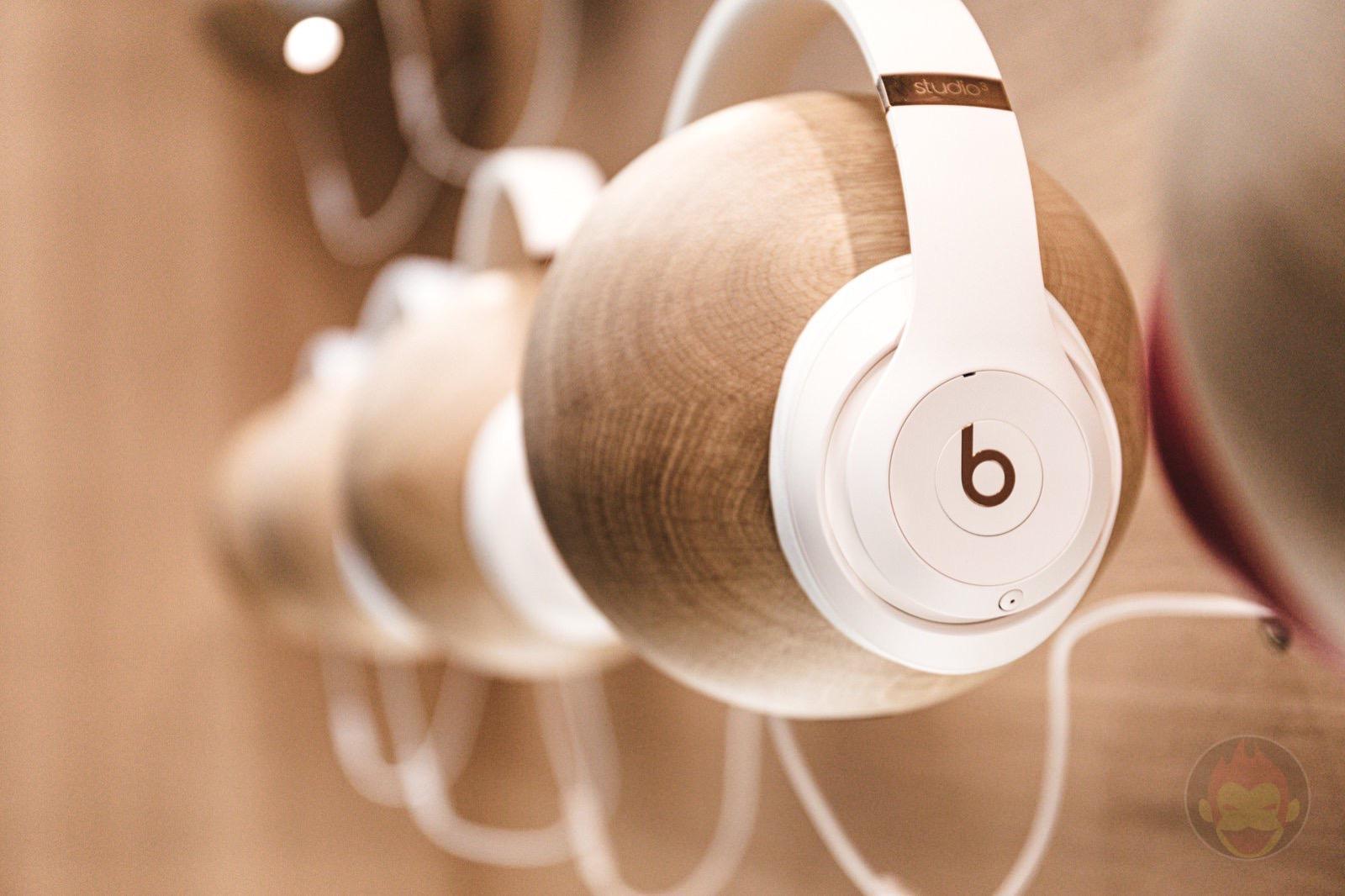 Apple Headphones Beats 01