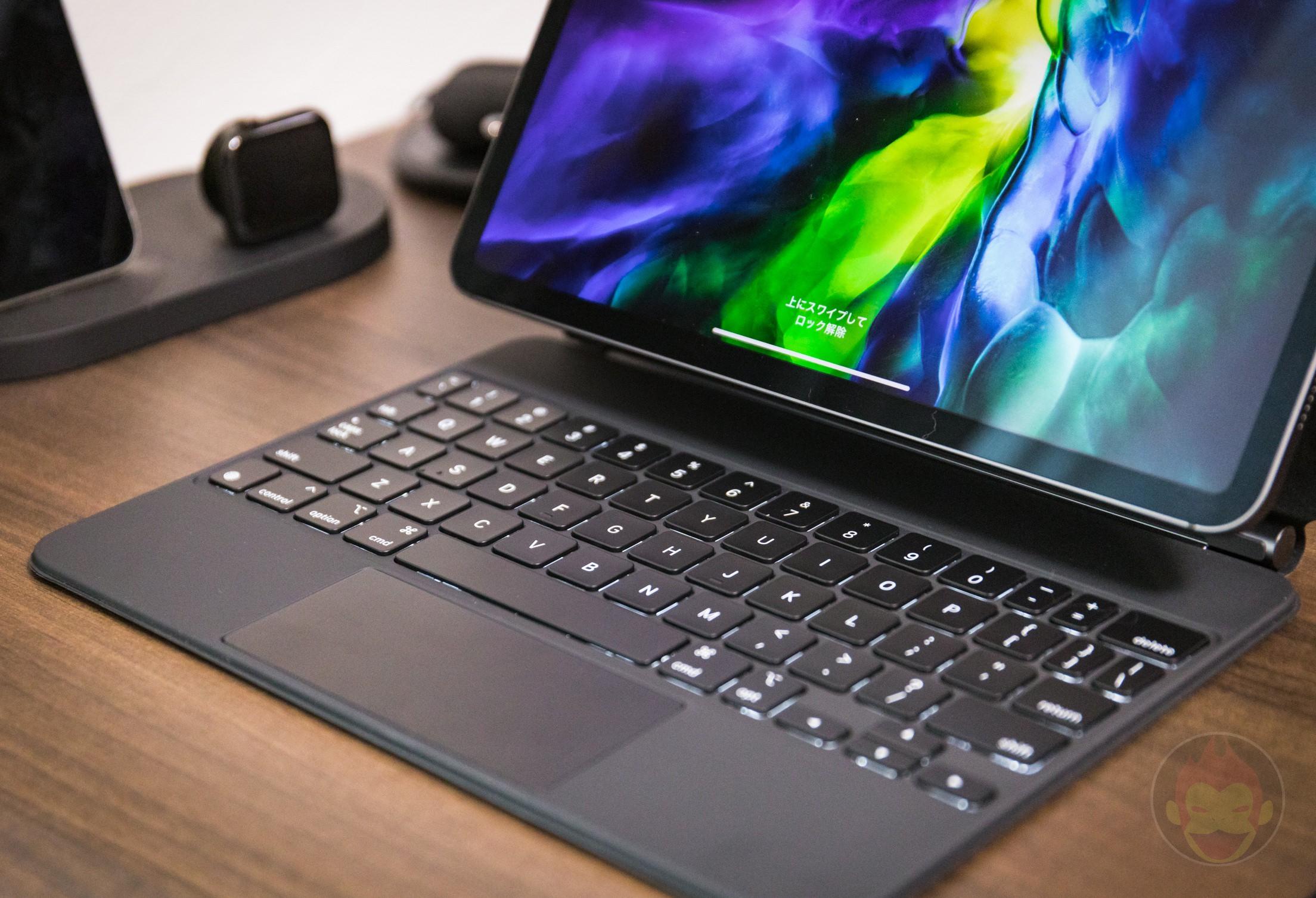 IPad Pro 2020 11in Magic Keyboard Review 05