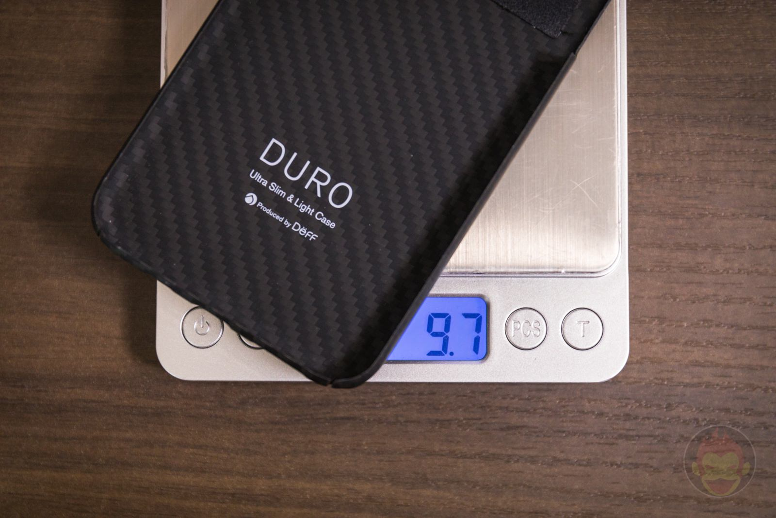 UltraSlim and LightCaseDURO iPhone Case Review Weight 01