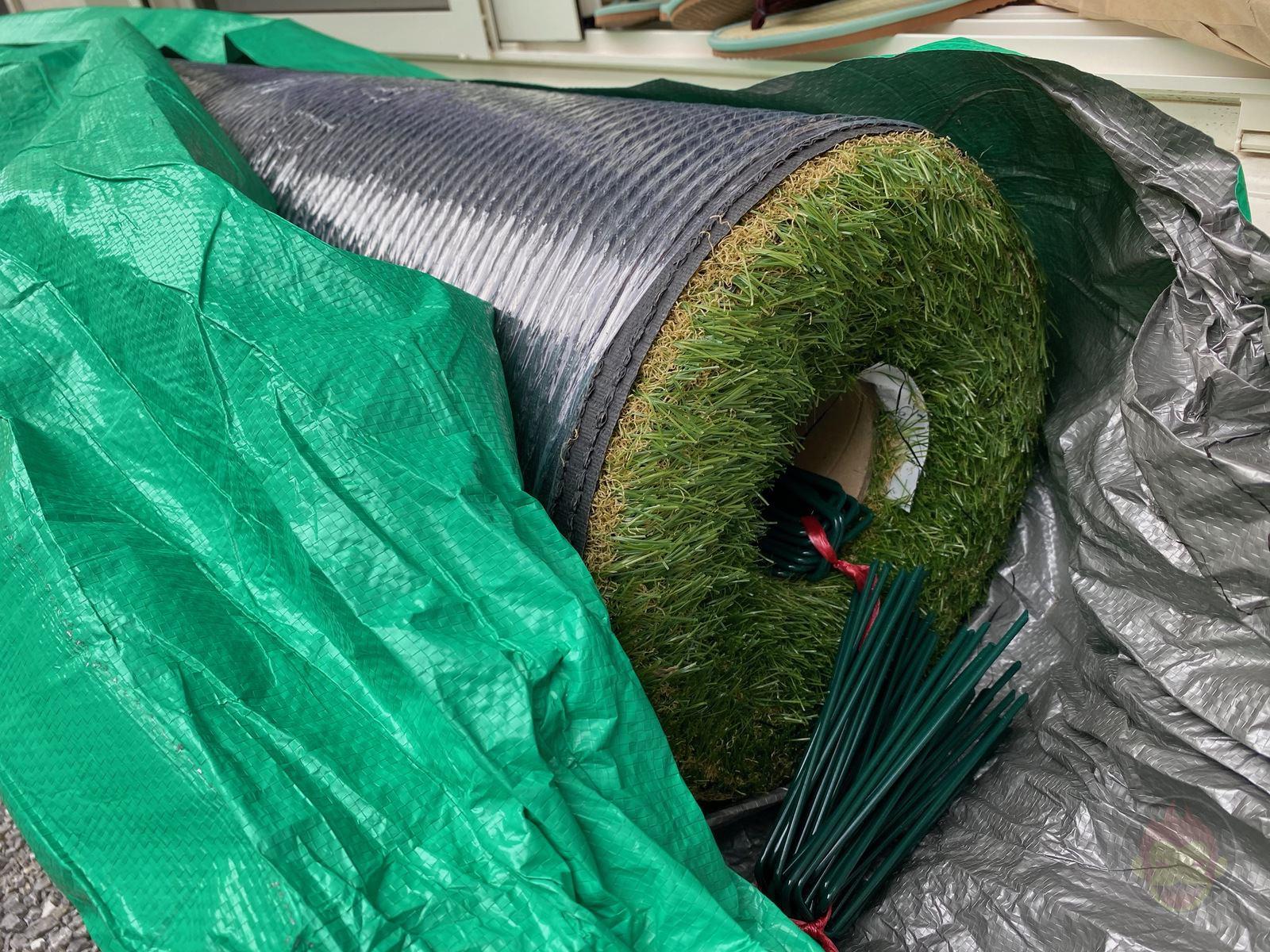 Artificial-lawn-in-backyard-review-04.jpeg