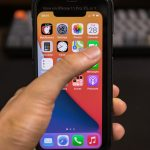 Checking-out-iphone12-5_4-size-06.jpg