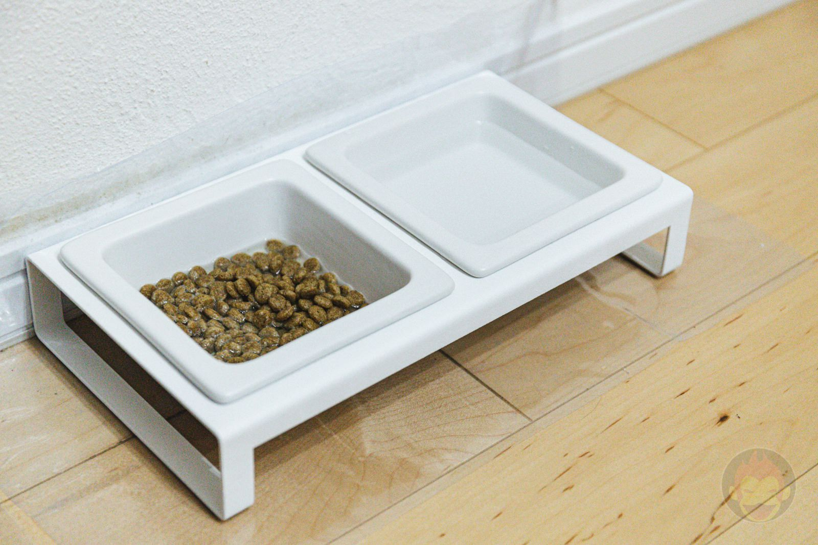 TOWER Pet food bowl stand set 07
