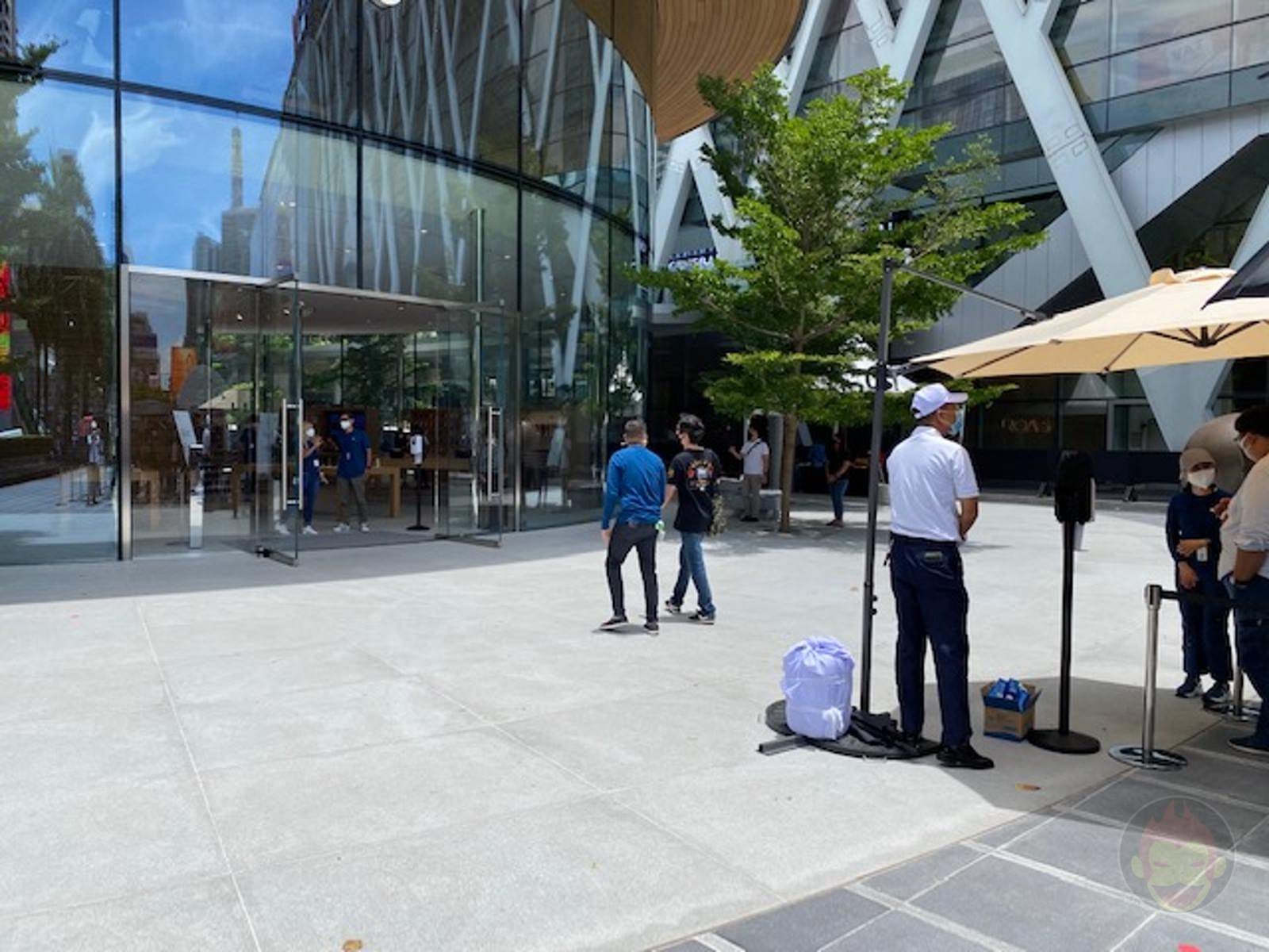Apple-Thailand-Apple-Central-World-04.jpg