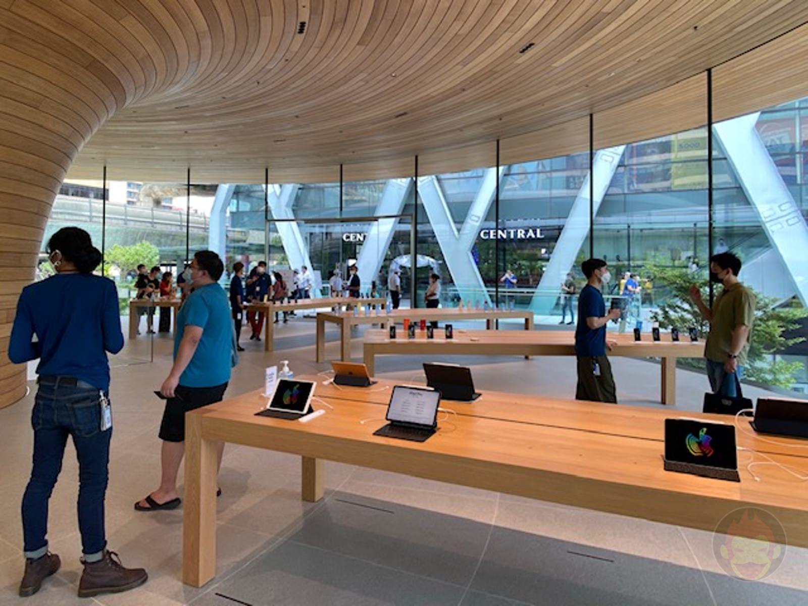 Apple-Thailand-Apple-Central-World-05.jpg