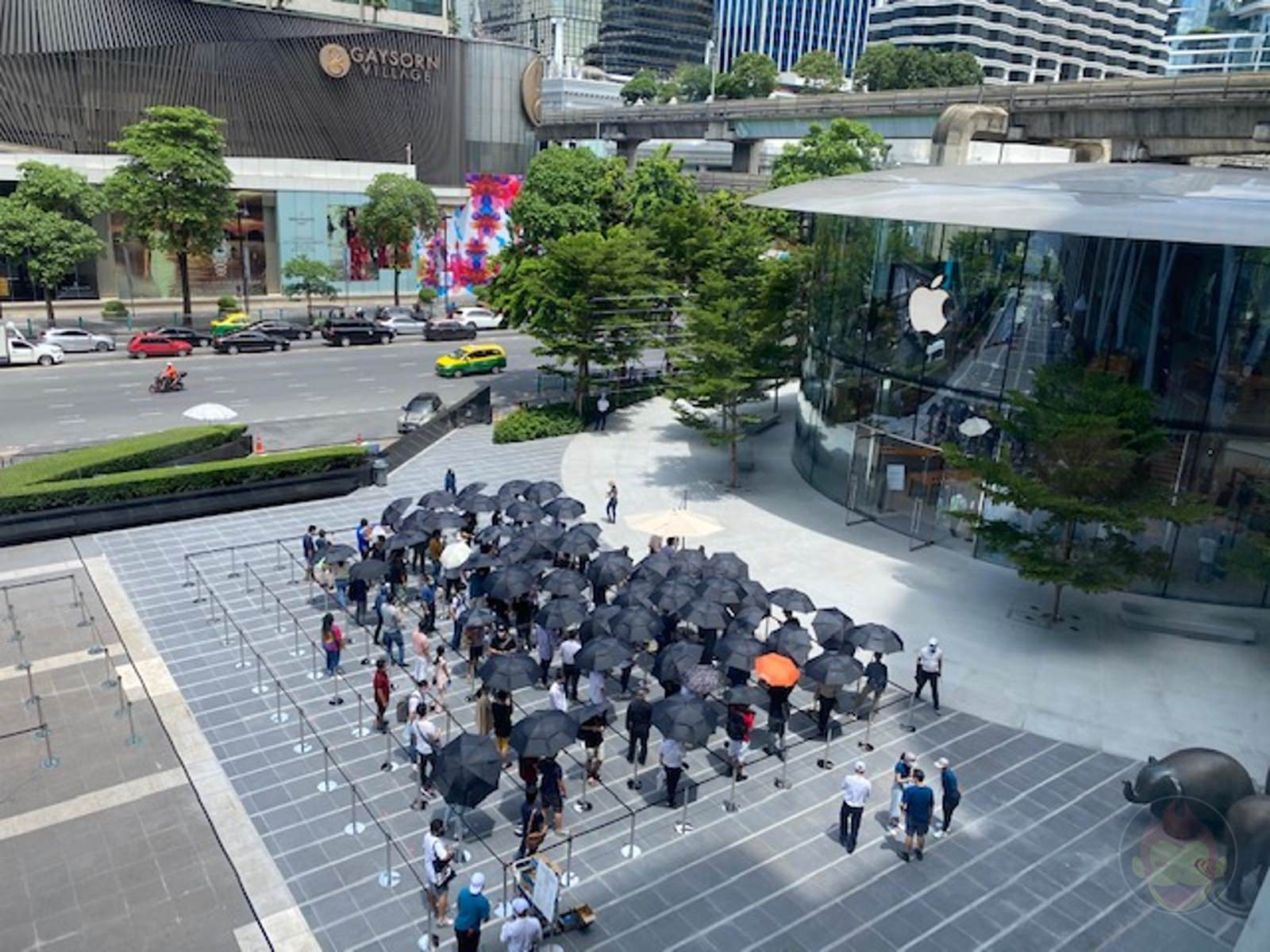 Apple-Thailand-Apple-Central-World-18.jpg