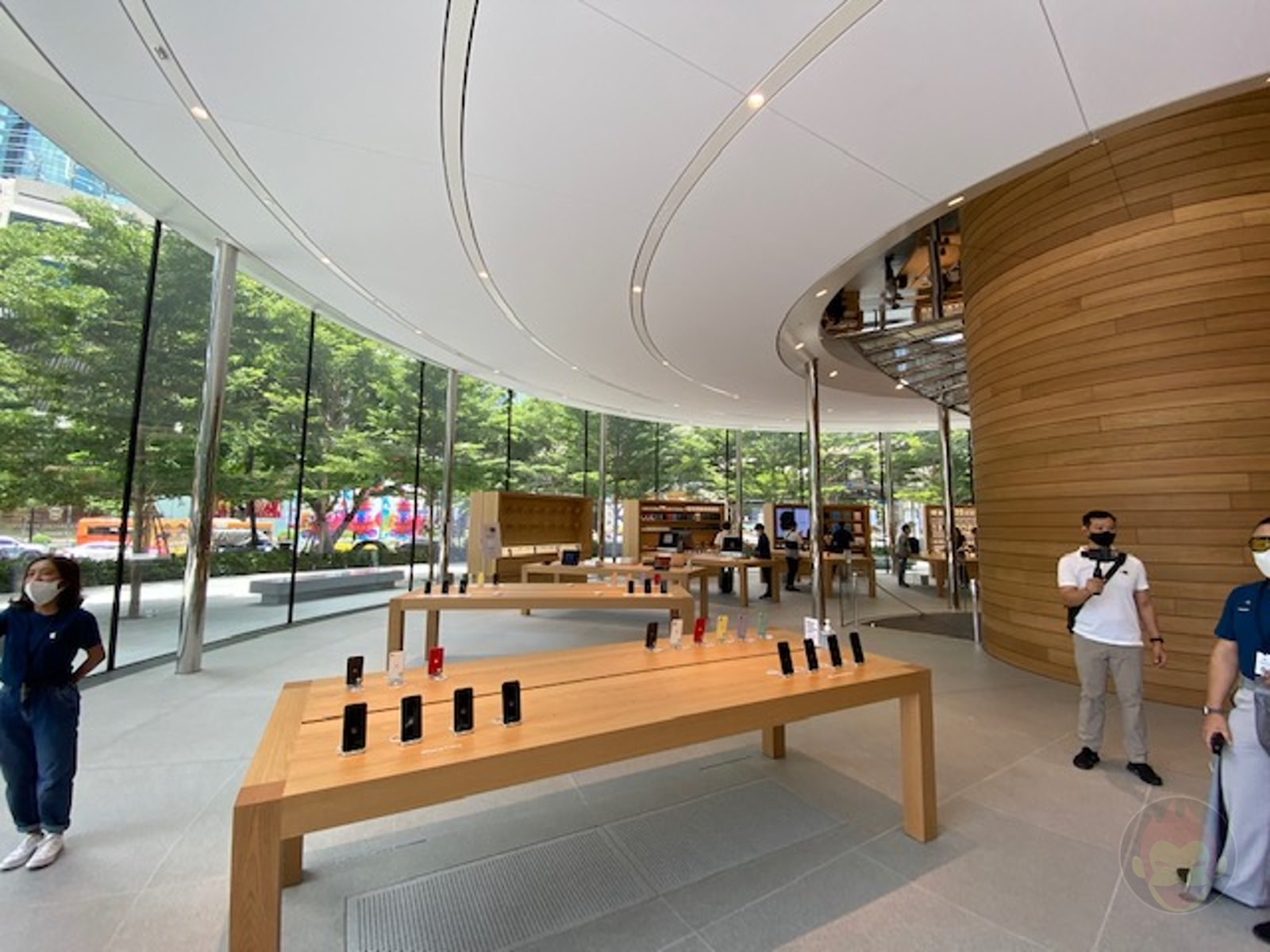 Apple-Thailand-Apple-Central-World-25.jpg