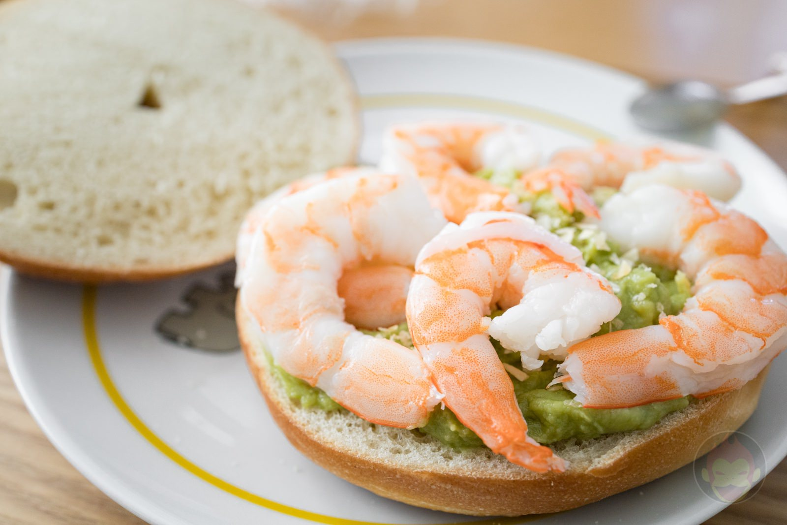 Costco Shrimp Avocado Guacamole Bagel Sandwich 10