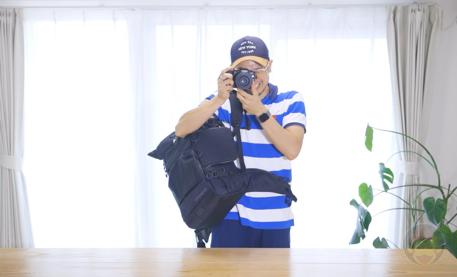 Wearing the Compagnon Element Backpack 07