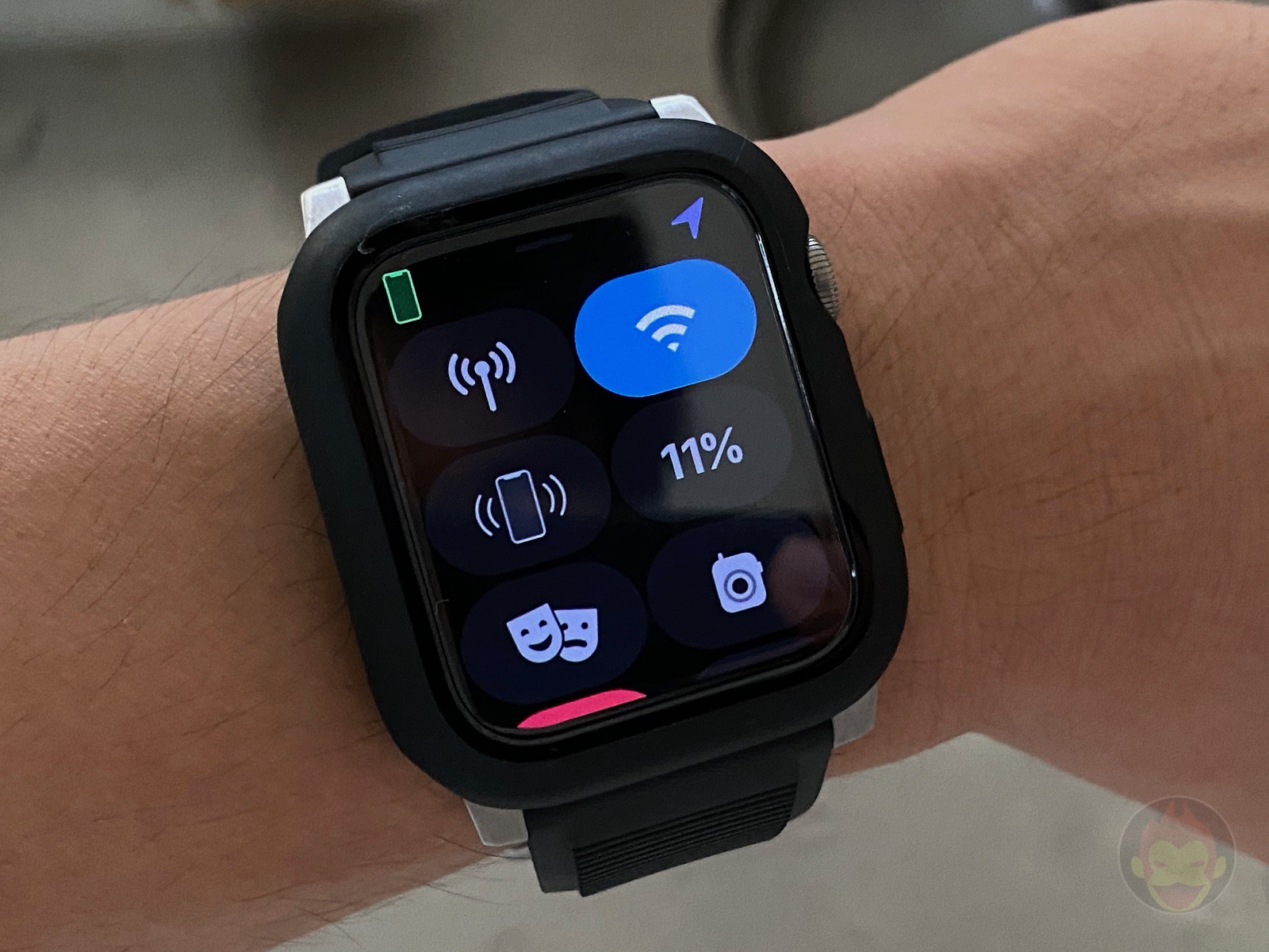 AppleWatchSeries6 With AODisplay ON 01